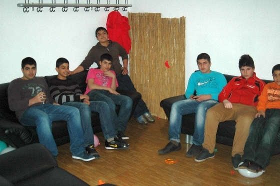 party_006