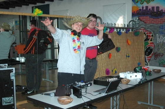 party_010
