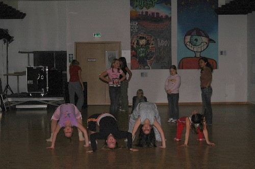 dance015