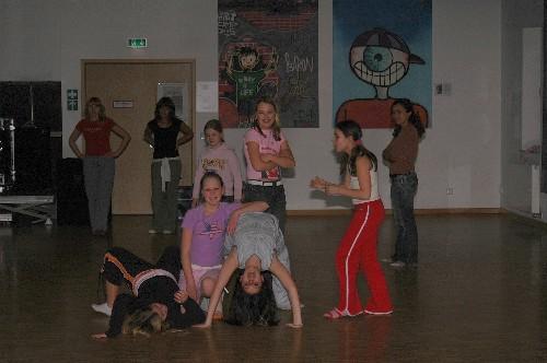 dance016